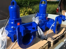Stormwater pumps for installation into shopping centre pumping station  » Click to zoom ->